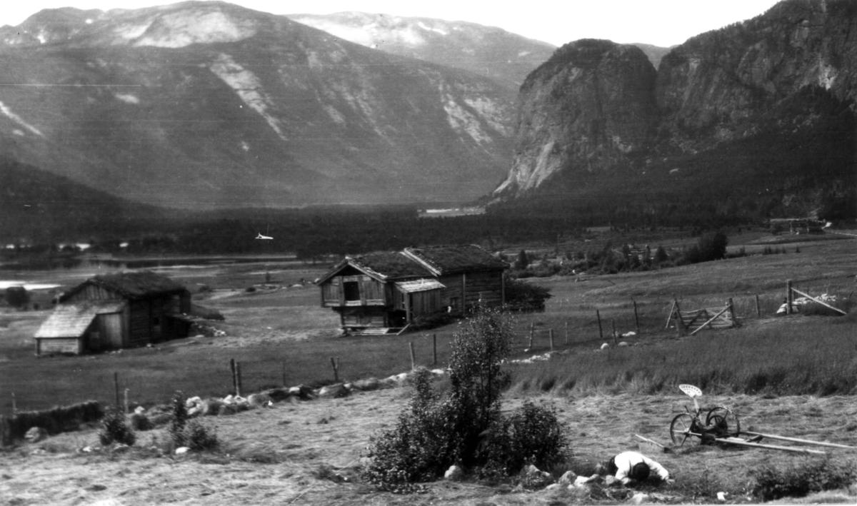 """Valle, Setesdal, Aust-Agder. antatt 1924. Fra """"De Schreinerske samlinger"""" (skal oppgis)."""