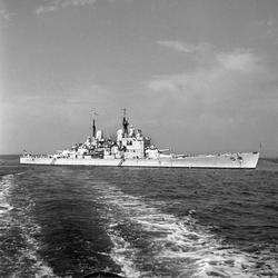 Serie. Det engelske slagskipet HMS Vanguard på flåtebesøk i