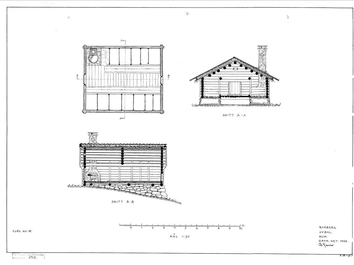 FJØS FRA RAMBERG I HOL, CA. 1800- 1850  Overført til museet 1942, gjenoppført 1943  Fjøset fra Ramberg i Dagali (nå Hol kommune i Hallingdal) er laftet i én etasje. Innvendig er rommet todelt. To langsgående bjelker gir feste for stolper som deler av båsene. Kyrne sto bundet til ytterveggen. Peisen i hjørnet ved inngangen har innmurt bryggepanne til å koke «sørpe», et slags nødfôr, laget på vann iblandet eksempelvis mose, tørket lauv og oppskavet bark. Grunnmuren under langveggene er like bred som båsene er lange, slik at kyrne sto på muren, på et underlag av torv. Fjøset sto i bratt terreng, og ytterst er grunnmuren derfor høy. Det var åpent rom under fjøsgolvet, som egnet seg til oppbevaring av gjødsel. Møkka ble likevel ikke lagt her, men på tradisjonelt vis kastet ut gjennom en luke i bakveggen, og lagt i en haug utenfor. Senere ble det vanligere å benytte rommet under fjøsgolvet til gjødselkjeller.   (Tekst hentet fra By og bygd 43, 2010)