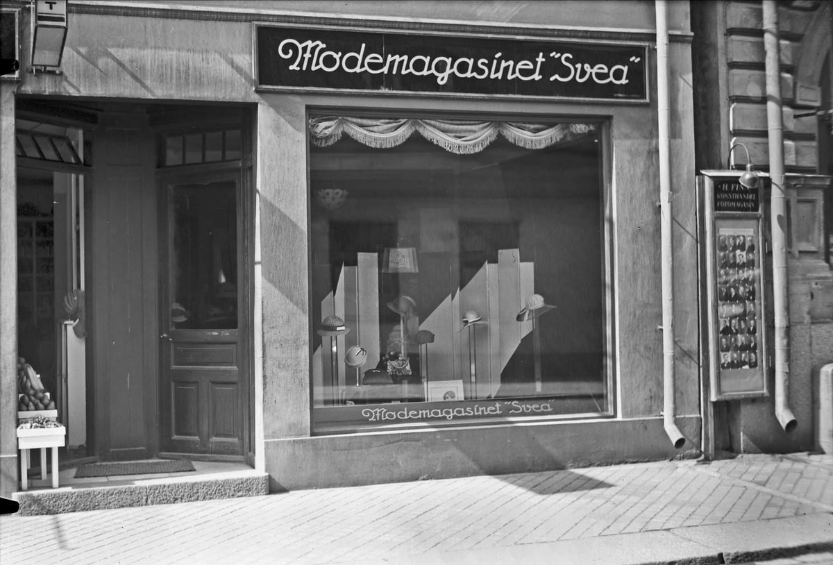Skyltfönster - Modemagasinet Svea, Sysslomansgatan 10, Uppsala 1936