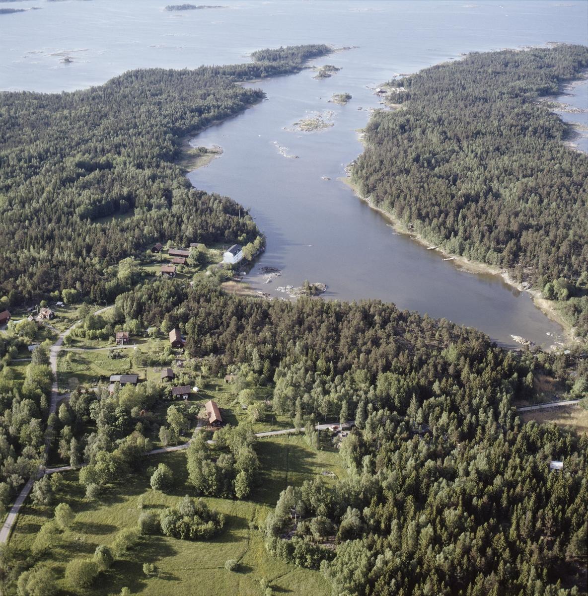 Vy över Ängskär, Hållnäs socken, Uppland juni 1989