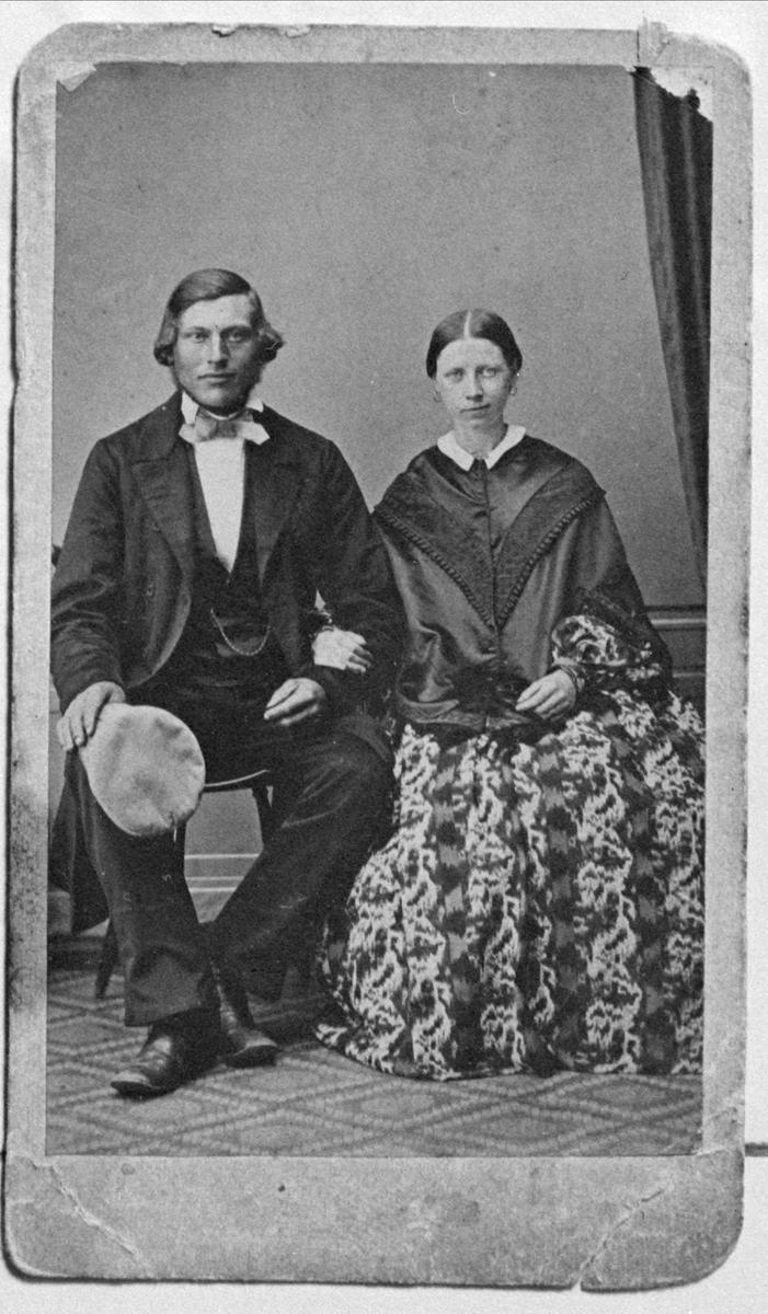 Reprofotografi av man och kvinna