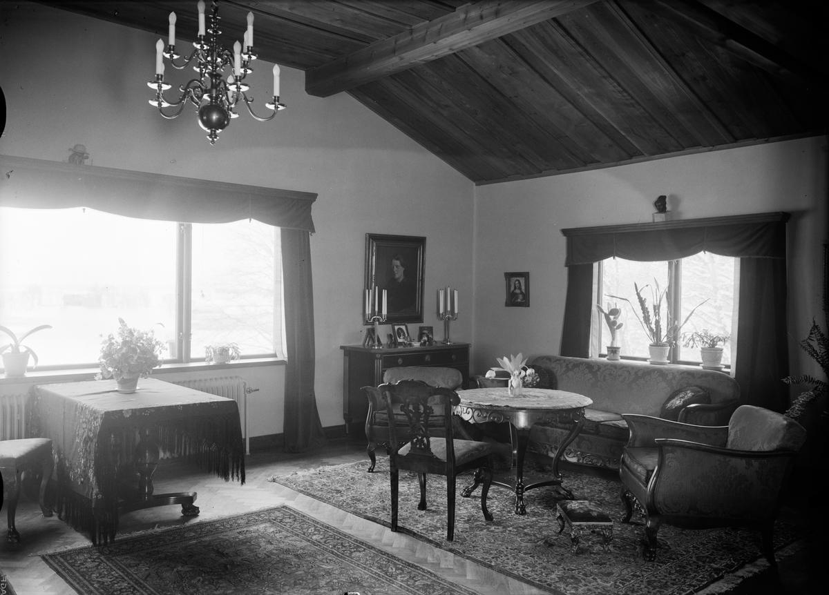 Bostadsinteriör - byggmästaren Anders Diös villa, Vårdsätravägen, kvarteret Aspen, Graneberg, Sunnersta, Uppsala 1935