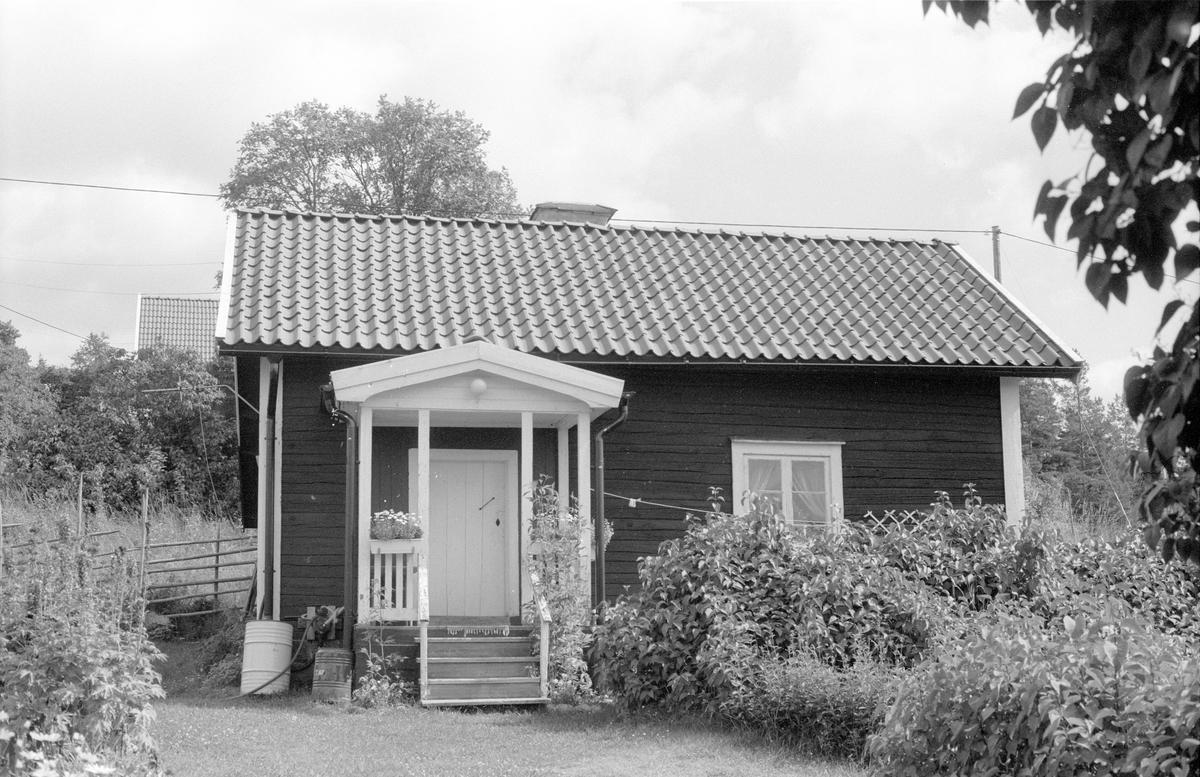 Bostadshus,  Åsby Soldattorp 1:1, Åsby, Knutby socken, Uppland 1987