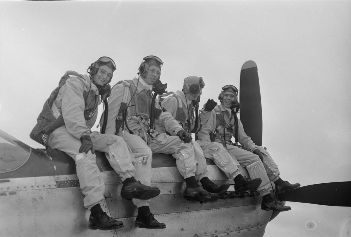 Flyg, kadetter till Aten, Ärna, Uppsala oktober 1952