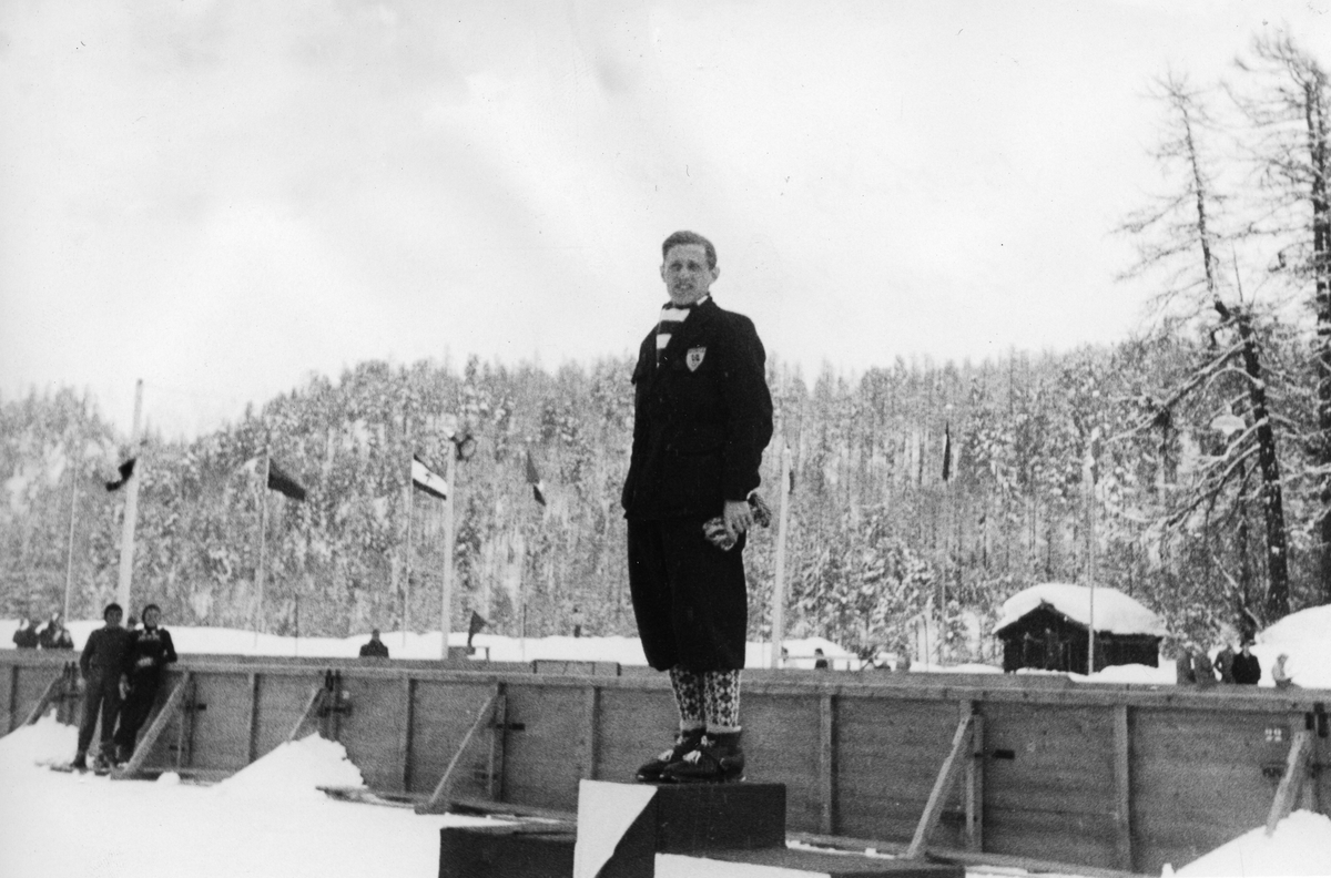 Petter Hugsted won the gold medal in the Olympic Games in St. Moritz in 1948.
