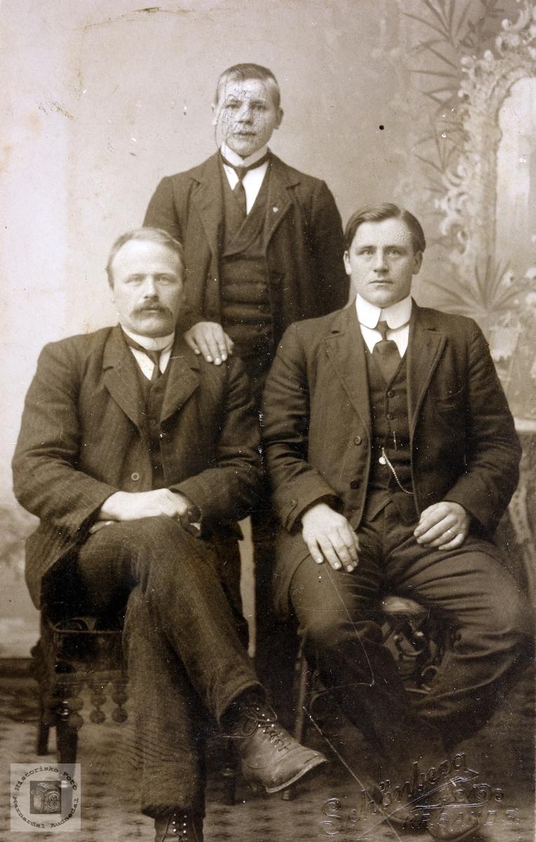 Portrett av brødrene Flottorp. Grindheim.