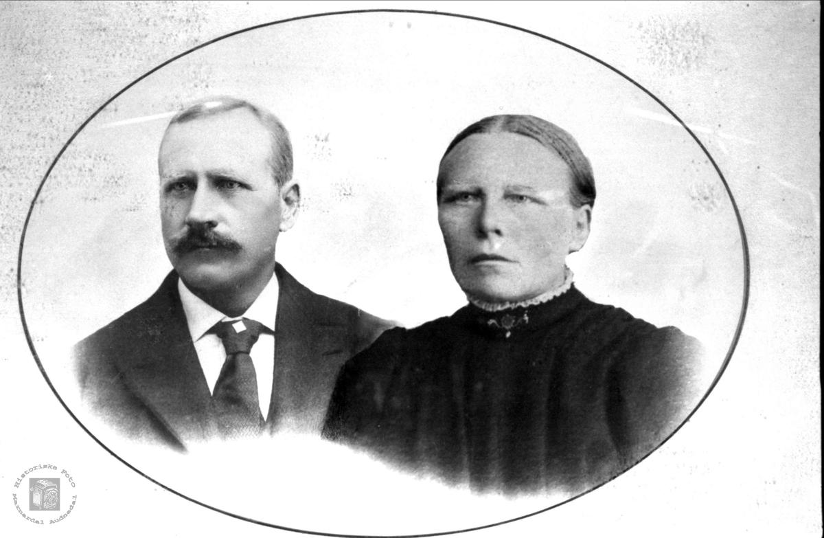 Ekteparet Ola og Randi Lindland. Laudal.