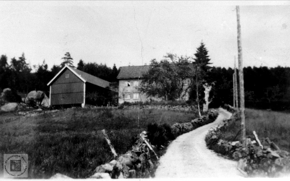Gamlabruket på Finsdal , Øyslebø.
