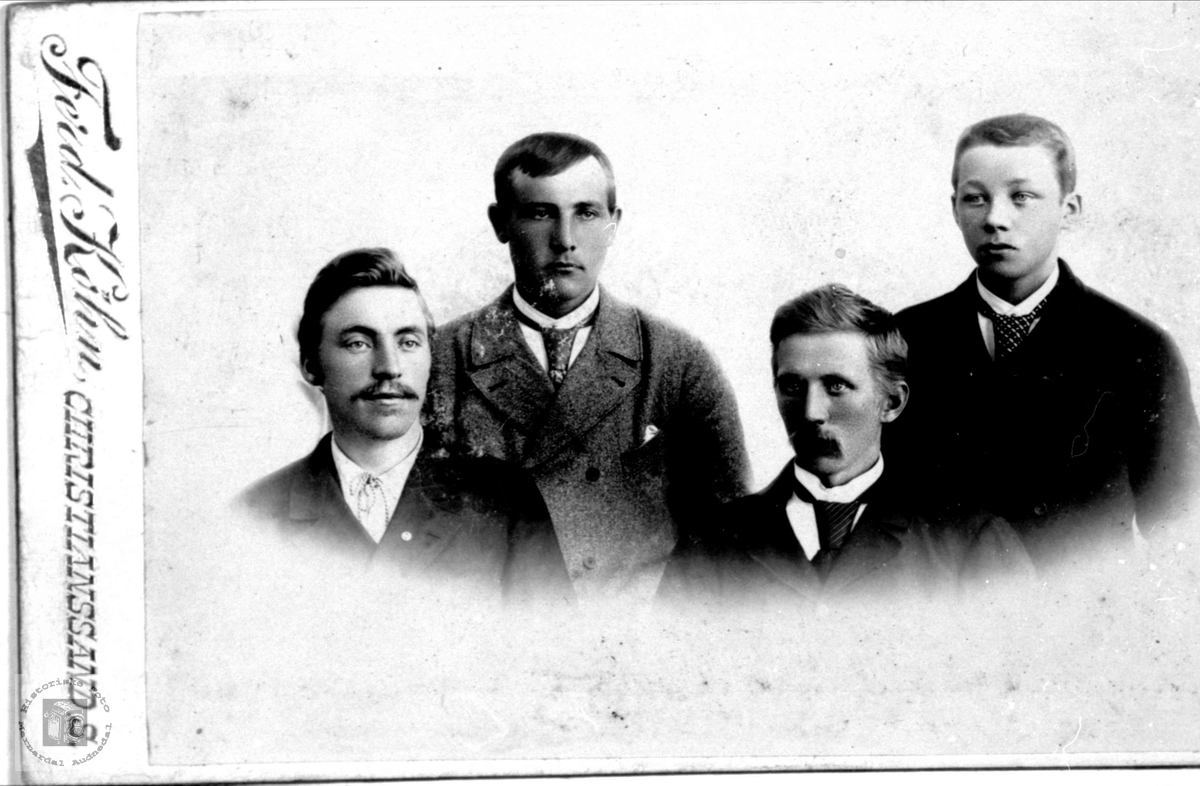 Gruppeportrett Birkeland, Aasen og Kvellestad.