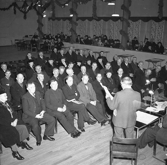 "Enligt notering: ""Folkpension...Kongresshallen 14/1 1947""."