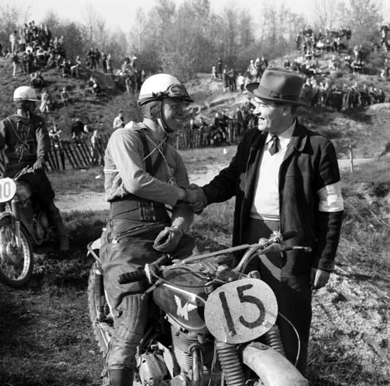 """Enligt notering: """"Motorcross Kuröd 10/5 -59""""."""
