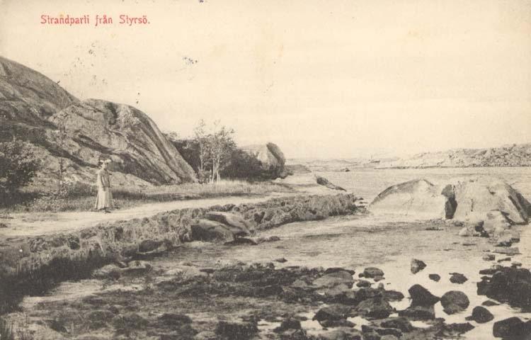 """Tryckt text på kortet: """"Strandparti från Styrsö."""""""