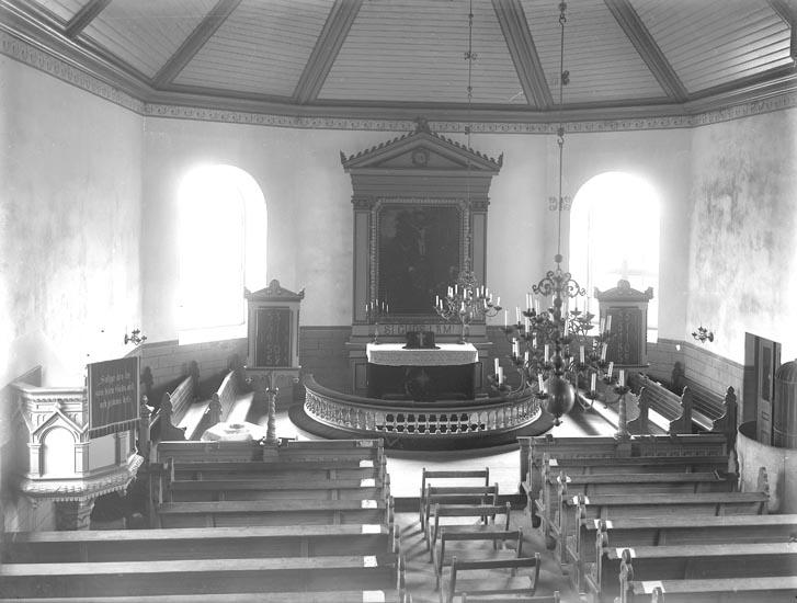 """Text som medföljde bilden: """"Foss kyrka efter 1926.""""  ::"""