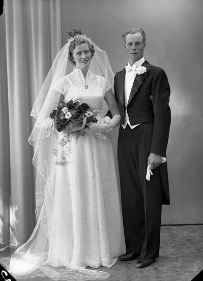 "Enligt fotografens journal nr 8 1951-1957: ""Samuelsson, Herr Nils Nordgård Stannum""."