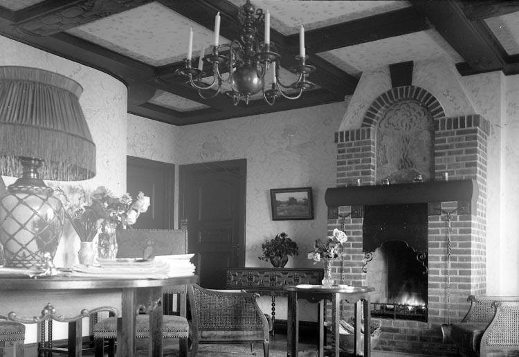 """Enligt fotografens journal nr 3 1916-1917: """"Melin, Ave Grosshandll. Villa Ön""""."""