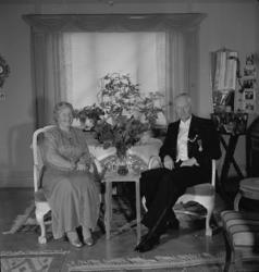 "Text till bilden: ""Rektor Sigfrid Sandström. Silverbröllop."