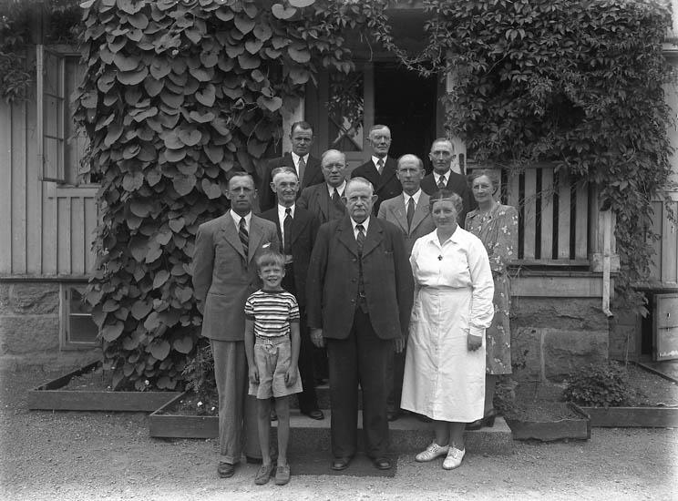 """Text till bilden:""""Ålderdomshemmet, Stenshult 3/8 1947""""."""