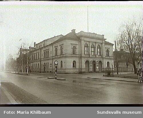 Sundsvalls teater. Kv. Kassören, Esplanaden-Köpmangatan.