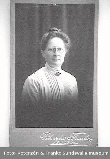 Kvinna, lärare