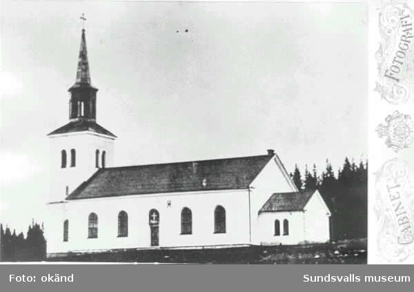 Alnö kyrka, som förstördes av brand 1888.