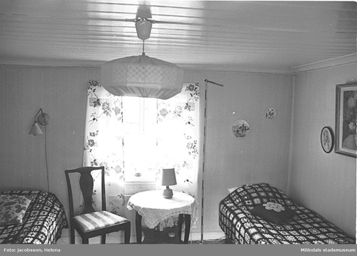Interiör i bostadshus på Roten M 29 i Mölndals Kvarnby, 1972.