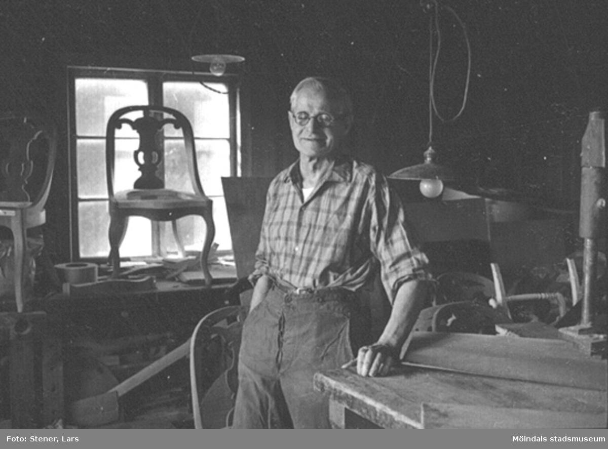 Snickaren Albert Palmstedt. Död i slutet av 1970-talet. Albert tillverkade bland annat Göteborgsstolar.