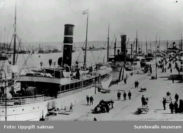 Oihonna i Sundsvalls hamn, troligen under första världskriget (RH)