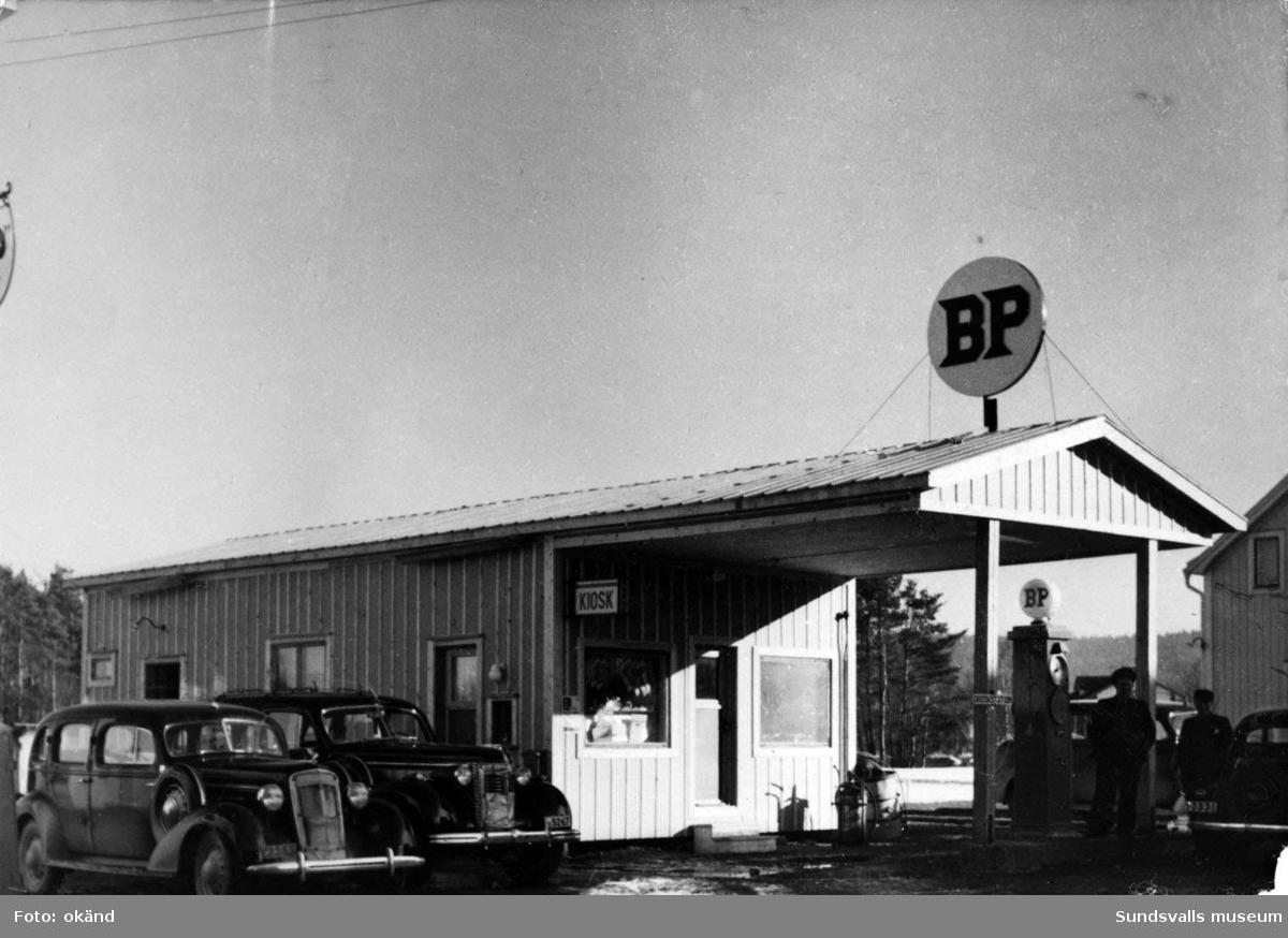 BP-stationen Bollstabruk. Köpman: Carl Dahlin.