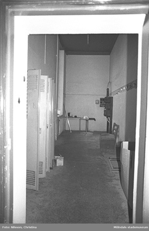 Klädskåp i Werners fabriker, hösten 1994.