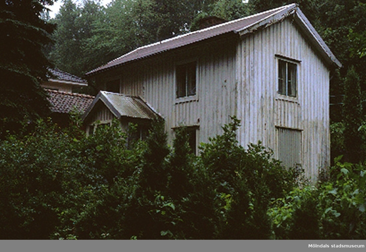 Bostadshus.Sågdalsgatan, Tropikfågeln 1, Grevedämmet augusti 1990.