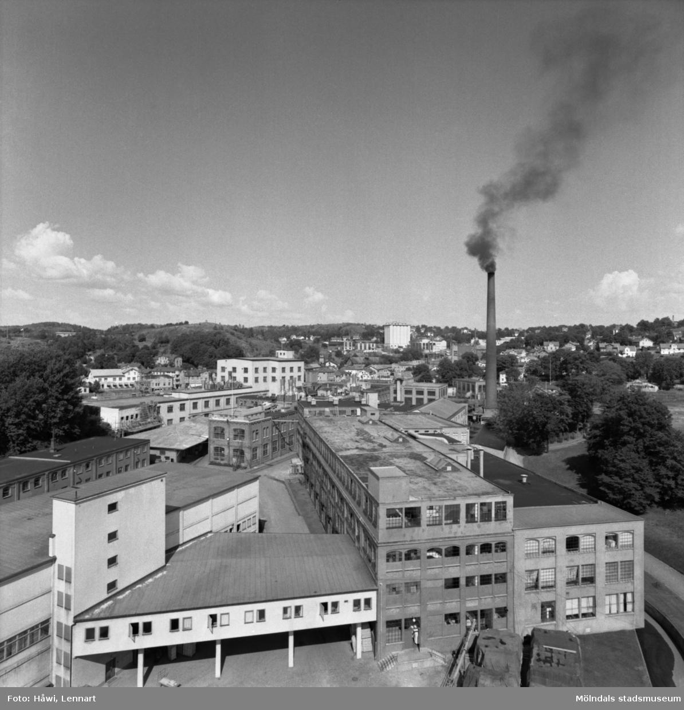 Utsikt över Papyrus fabriksområde i Mölndal, 11/8 1955.