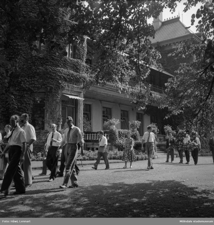 Reportage från Papyrus pressvisning i Mölndal, 29/8 1955. Villa Papyrus.