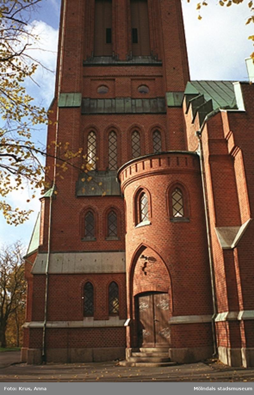 """Fässbergs kyrka - """"Volymer""""."""
