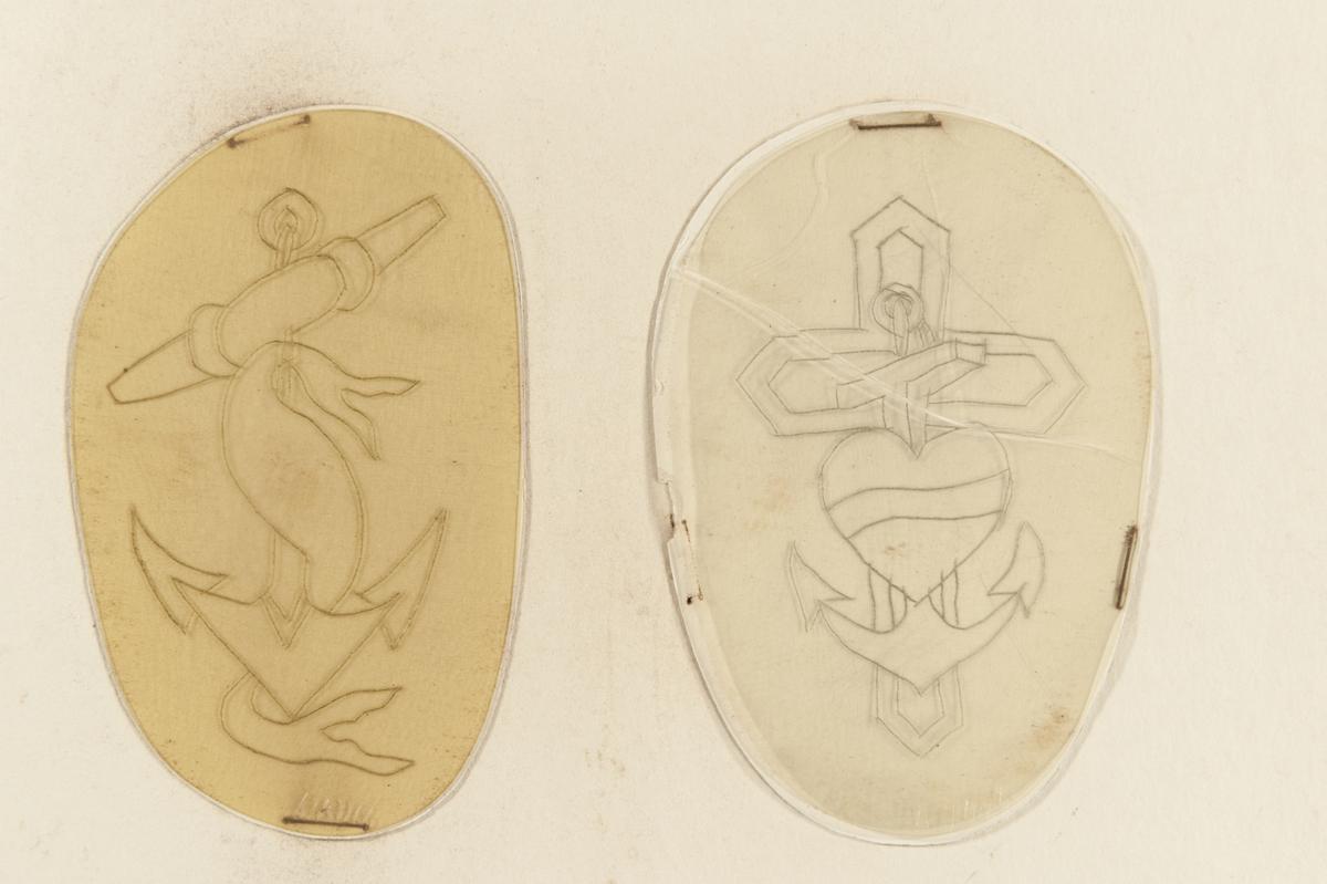 Tatueringsförlaga. Två olika motiv 1. Ett ankare omslingrat av en banderoll. 2. Ett hjärta med en banderoll framför ett ankare, därbakom ett kors.