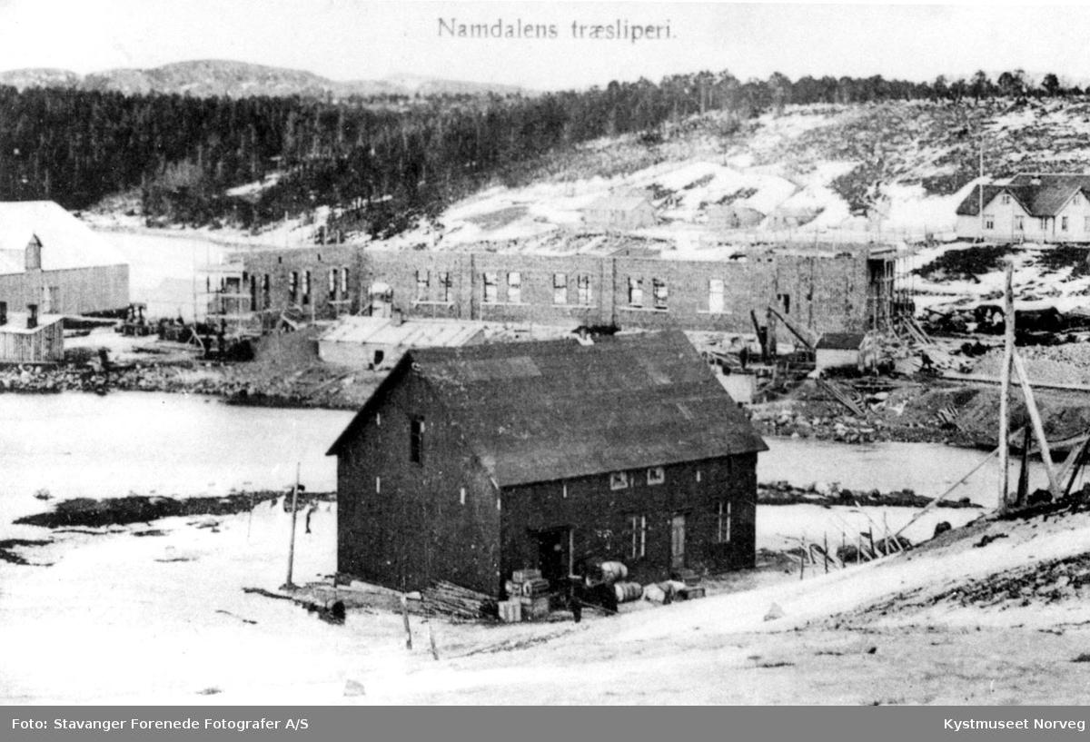"Flatanger, ""Namdalens træsliperi"" under utbygging"