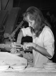 Kvinner i arbeid, Porsgrunn Porselen
