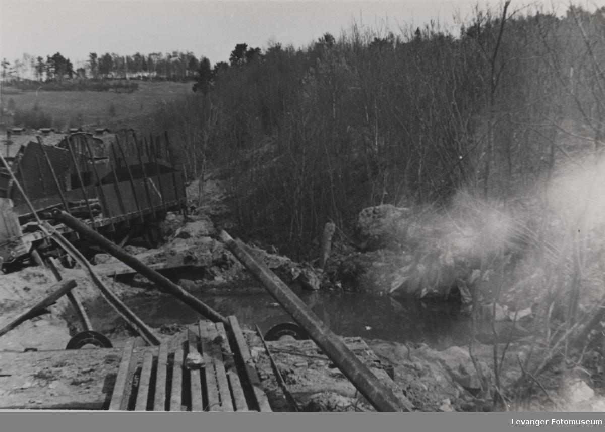 Dombås stasjon etter bombingen.