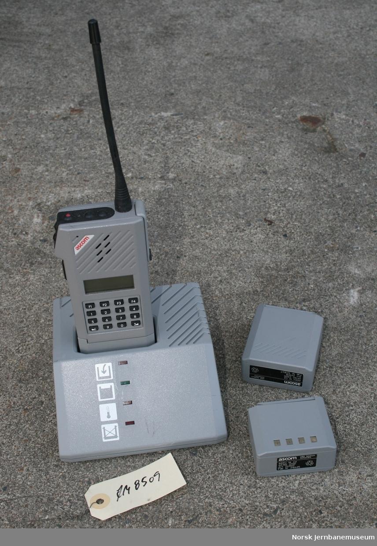 Skifteradio Fabrikat:  Ascom Type SE 160-462-2-S  Fabr.nr. 315157