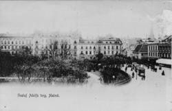 """Enligt text på framsidan """"Gustaf Adolfs torg, Malmö""""."""