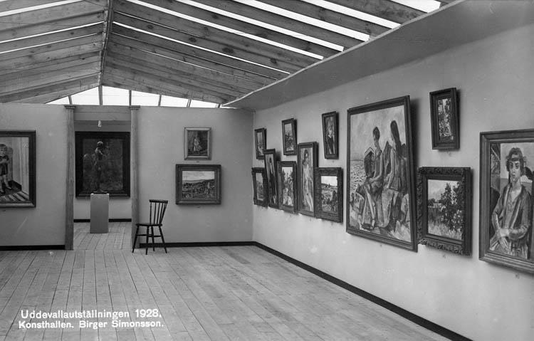 Utställning med verk av Birger Simonsson (1883 - 1938) visas i Konsthallen under Uddevallautställningen 1928