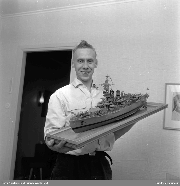 Modellbåtbyggare, herr Johansson, i Högom/Skön.