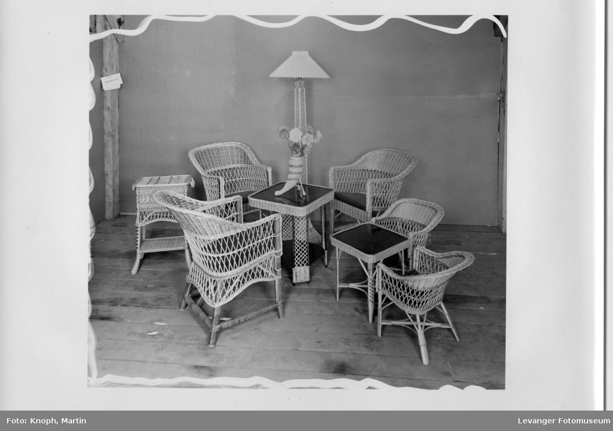 Møbler fra møbelsnekkerne Georg og Jens Østerås