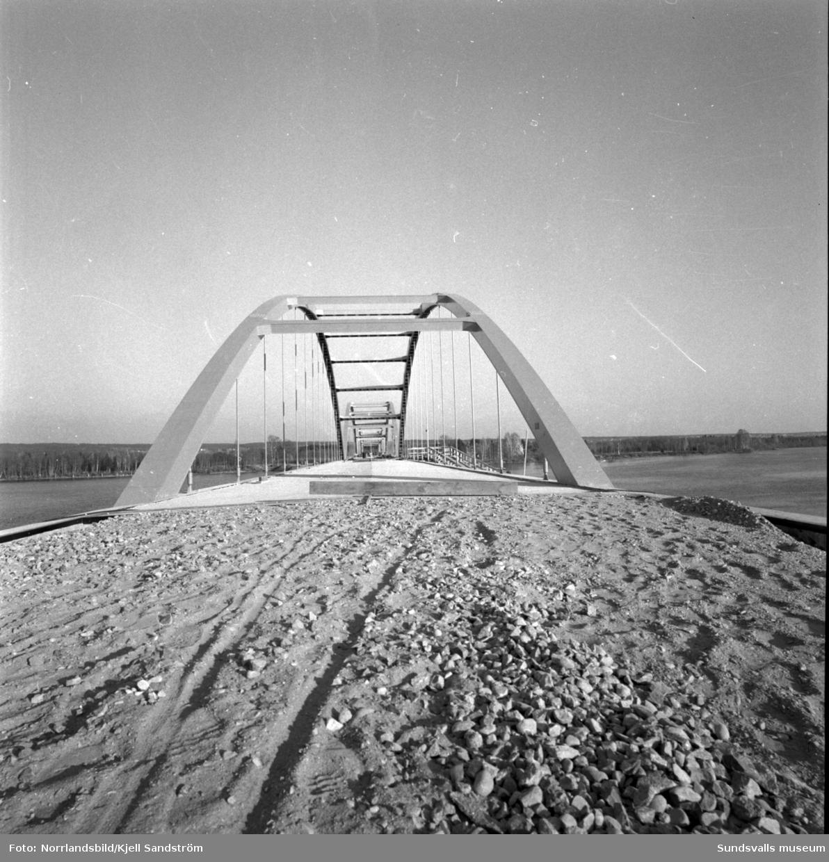 Bron till Skeppsholmen vid Lövudden börjar närma sig invigning.