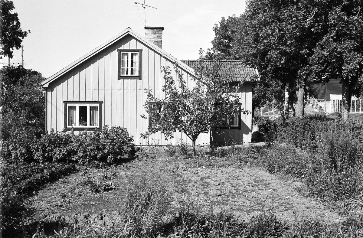 Bostadshus, Tibble 7:4, Tibble, Rasbokils socken, Uppland 1982