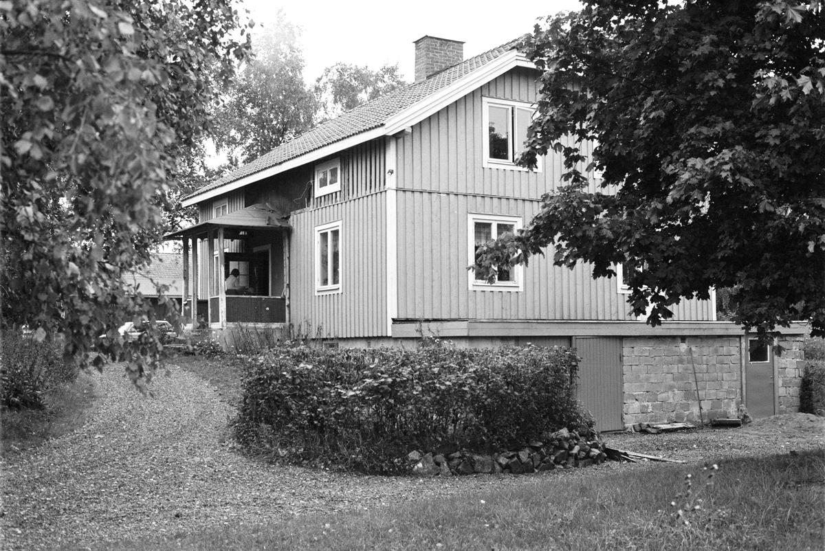 Bostadshus, Bol 3:1, Rasbokils socken, Uppland 1982