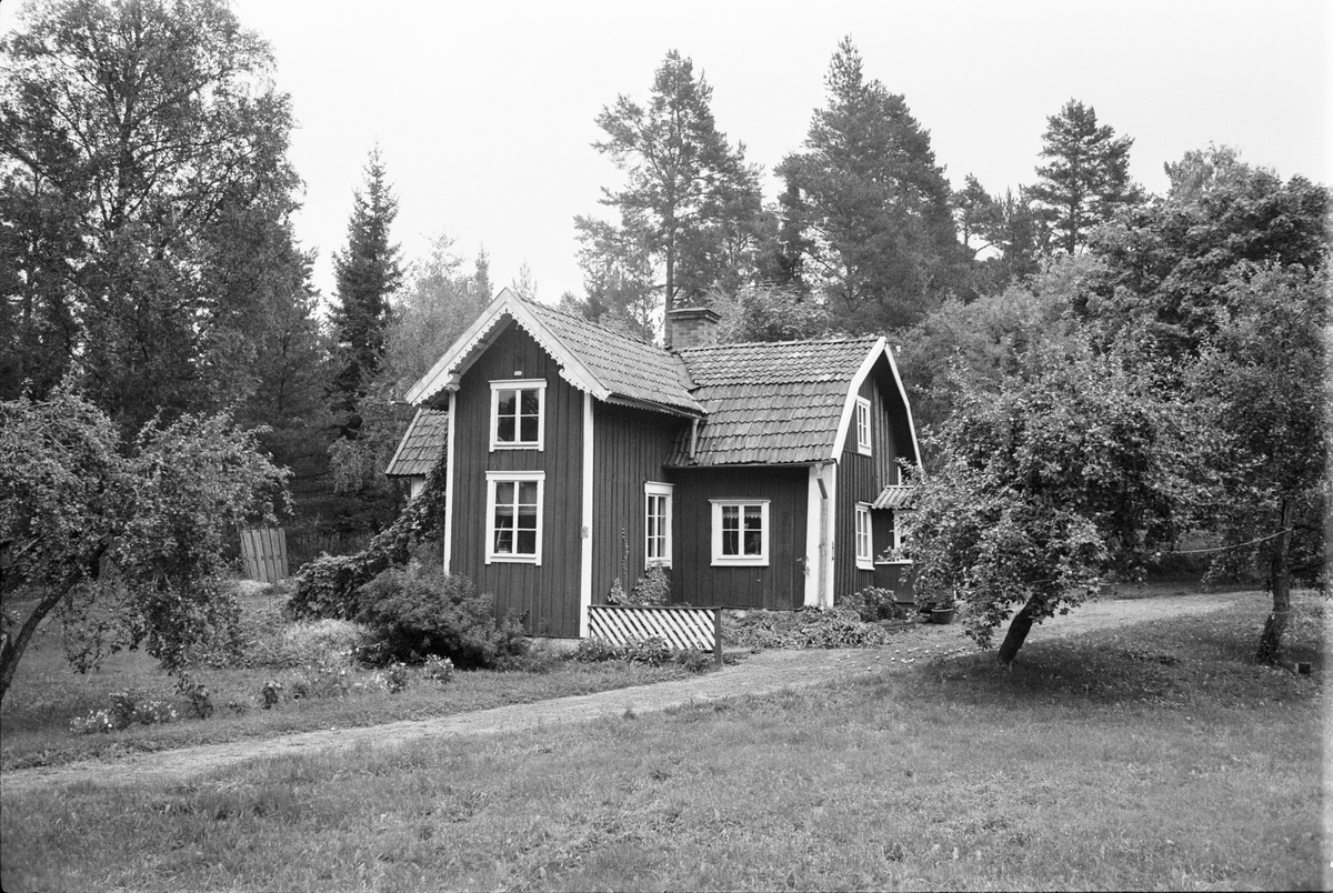 Bostadshus, Nyhagen, Helgeby 1:6, Rasbokils socken, Uppland 1982