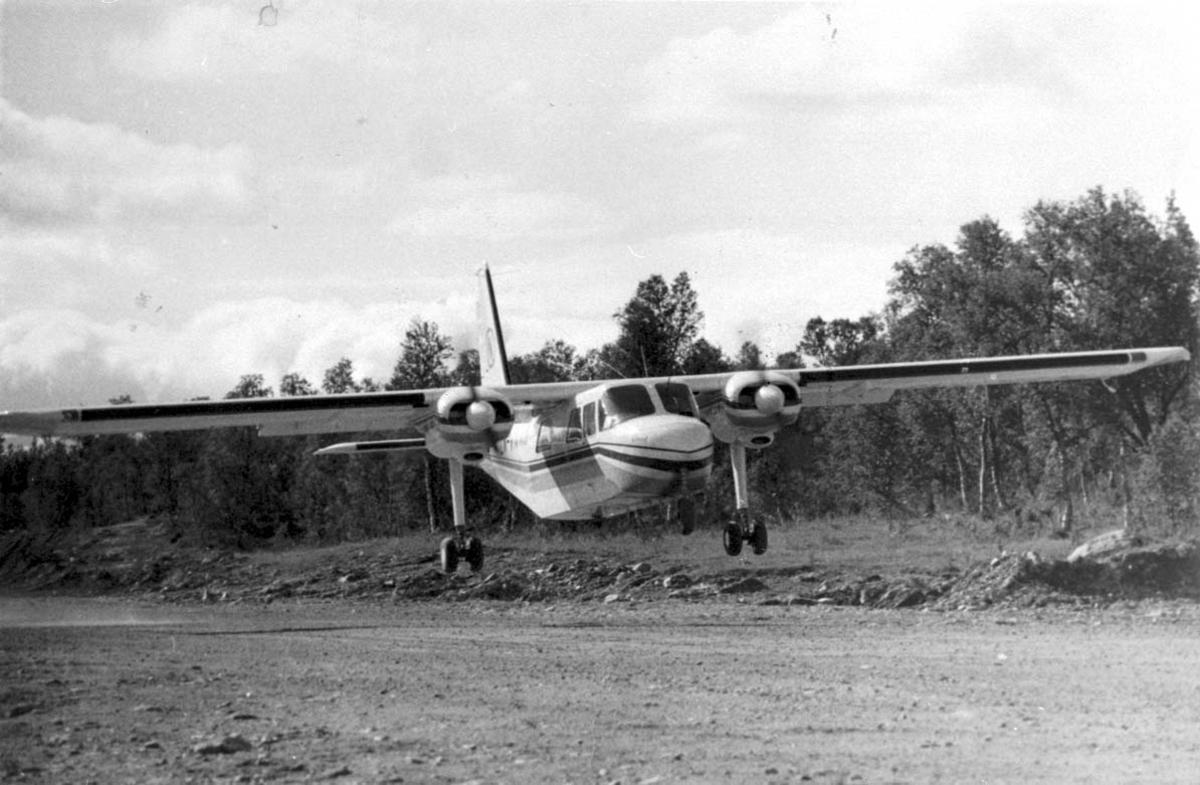 Lufthavn. 1 fly like over bakken, Britten-Norman BN-2 Islander.