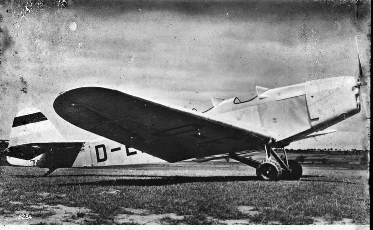 Ett fly på bakken, Klemm- 35D