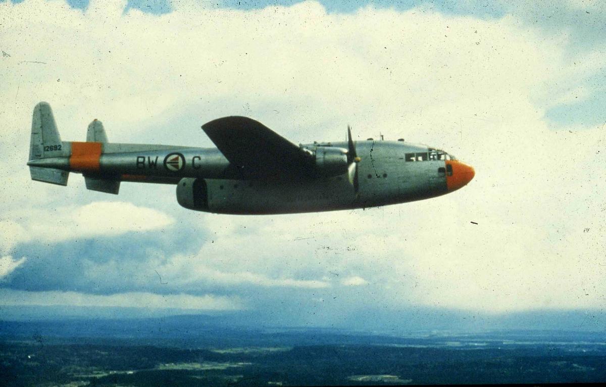 Ett fly i lufta , C-119 G.  BW-C   335skv.